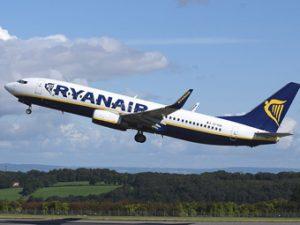 Szardínia szigetre, akár vasárnapi vagy hétfői járat is lehet utazni