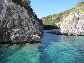 Szardínia sziget, Orosei öböl,sziklás part