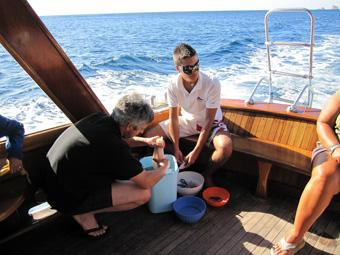 Szardínia sziget, Orosei öböl, a hajó fedélzete