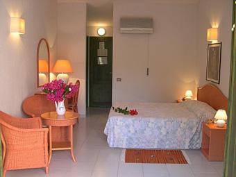 hotel_albaruja_szoba2