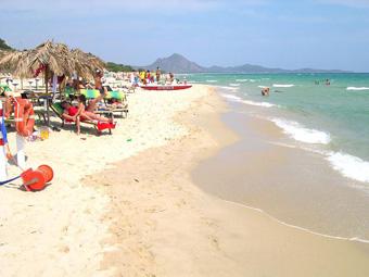 hotel_albaruja_tengerpart