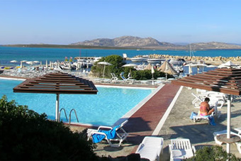 hotel_ancora_medence3