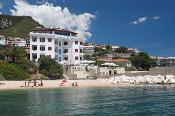 hotel_bue_marino_kulso