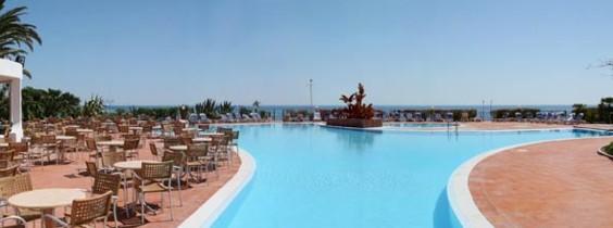 hotelflamingo_medence