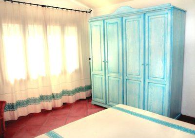 szardinia_hotel_3_csillagos_eszaki_part_borgo_di_punta_marana_marinella_obol_Standard_Generico_haloszoba