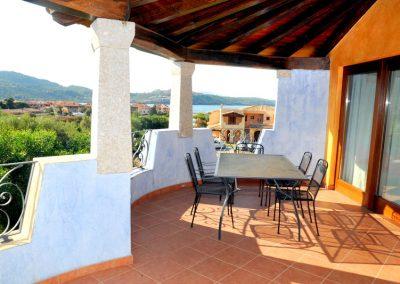 szardinia_hotel_3_csillagos_eszaki_part_borgo_di_punta_marana_marinella_obol_terasz_panorama