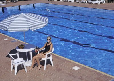 szardinia_hotel_3_csillagos_eszaki_part_club_esse_hotel_sporting_napozas_medence
