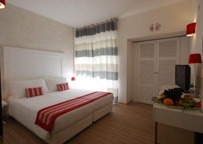 szardinia_hotel_3_csillagos_eszaki_part_club_hotel_ancora_stintino_francia_agyas_szoba