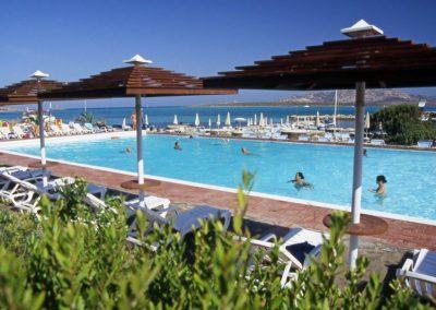 szardinia_hotel_3_csillagos_eszaki_part_club_hotel_ancora_stintino_medence
