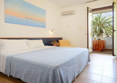 szardinia_hotel_3_csillagos_eszaki_part_hotel_oasis_alghero_haloszoba_tipus