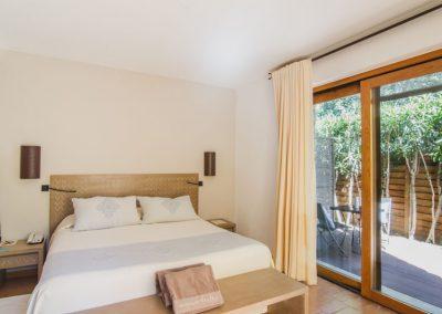 szardinia_hotel_4_csillagos_deli_part_hotel_aquadulci_domus_de_maria_chia_superior_szoba