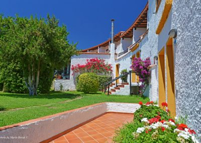 szardinia_hotel_4_csillagos_deli_part_hotel_residencia_cormoran_villasimius_kert_feloli_classic