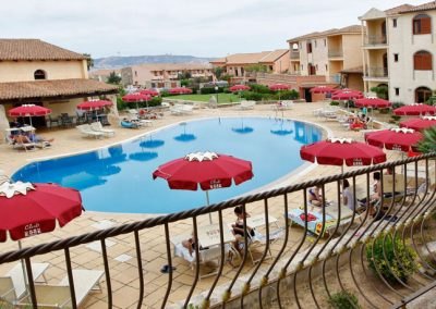 szardinia_hotel_4_csillagos_eszaki_club_esse_posada_beach _resort_palau_medence