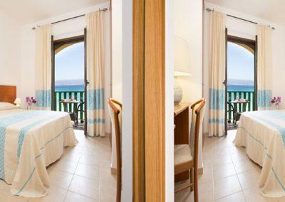 szardinia_hotel_4_csillagos_eszaki_part_hotel_dei_pini_alghero_family_szoba