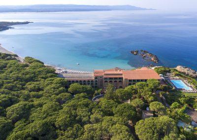 szardinia_hotel_4_csillagos_eszaki_part_hotel_dei_pini_alghero_panorama