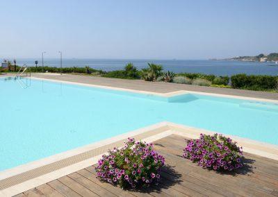 szardinia_hotel_4_csillagos_eszaki_part_hotel_dei_pini_alghero_uszomedence