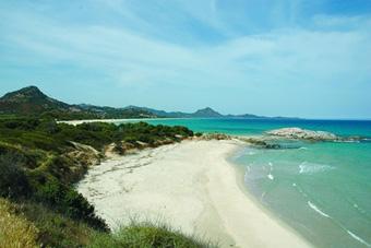 szardinia_nyaralas_costa_re_tengerpart
