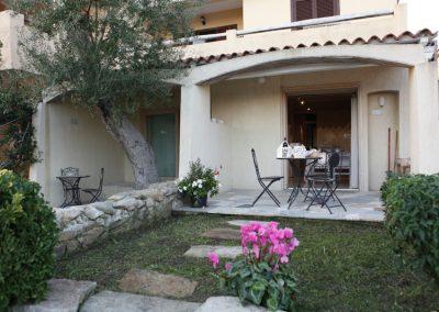 szardinia_apartman_eszaki_part_baia_de_bahas_exclusive_resort_marinella_obol_kulso