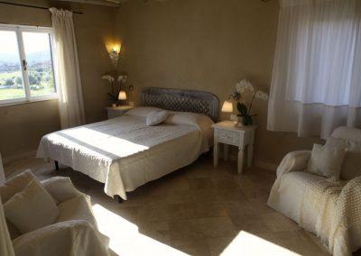 szardinia_apartman_eszaki_part_baia_de_bahas_exclusive_resort_marinella_obol_szoba