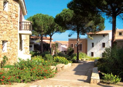 szardinia_apartman_eszaki_part_residence_pineta_uno_baia_sardini_arzachena_apartman_kulso