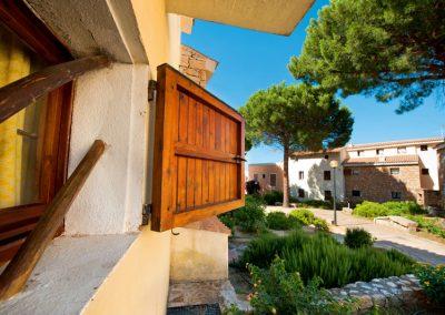 szardinia_apartman_eszaki_part_residence_pineta_uno_baia_sardini_arzachena_epulet
