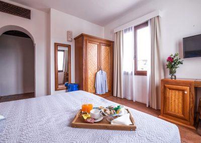 szardinia_hotel_3_csillagos_keleti_part_hotel_la_vecchia_marina_arbatax_szoba