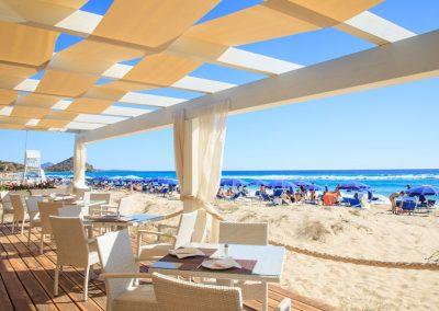 szardinia_hotel_4_csillagos_deli_part_garden_beach_hotel_resort_castiadas_beach_bar