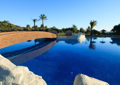szardinia_hotel_4_csillagos_deli_part_garden_beach_hotel_resort_castiadas_hotel_medence