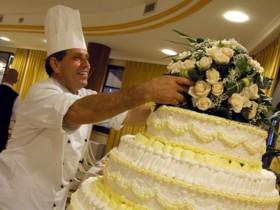 szardinia_hotel_4_csillagos_deli_part_hotel_baia_di_nora_pula_eskuvoi_torta