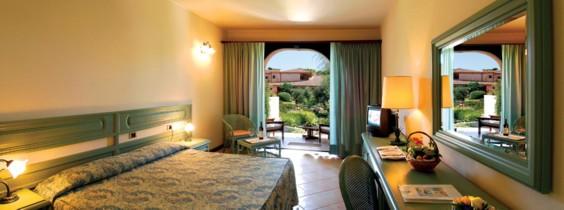 szardinia_hotel_4_csillagos_deli_part_hotel_baia_di_nora_pula_haloszoba