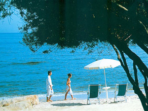 szardinia_hotel_4_csillagos_deli_part_hotel_is_morus_relais_pula_beach3