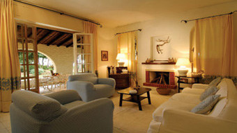 szardinia_hotel_4_csillagos_deli_part_hotel_is_morus_relais_pula_suit3