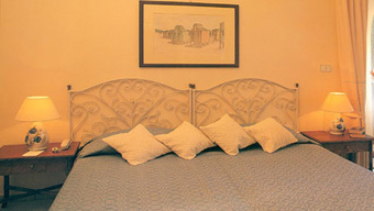 szardinia_hotel_4_csillagos_deli_part_hotel_is_morus_relais_pula_suit4