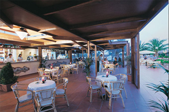 szardinia_hotel_4_csillagos_deli_part_tanka_village_resort_hotel_villasimius_etterem2