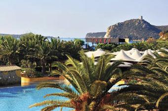 szardinia_hotel_4_csillagos_deli_part_tanka_village_resort_hotel_villasimius_kulso2
