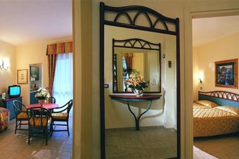 szardinia_hotel_4_csillagos_deli_part_tanka_village_resort_hotel_villasimius_szoba