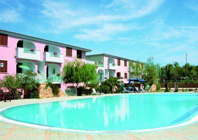 szardinia_hotel_4_csillagos_eszaki_part_ albergo_residence_club_gli_ontani_orosei_hotel_medence