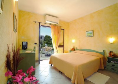 szardinia_hotel_4_csillagos_eszaki_part_ albergo_residence_club_gli_ontani_orosei_szoba