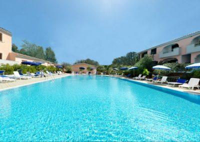 szardinia_hotel_4_csillagos_eszaki_part_ albergo_residence_club_gli_ontani_orosei_uszomedence