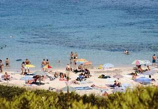 szardinia_hotel_4_csillagos_eszaki_part_hotel_corte_rosada_alghero_beach