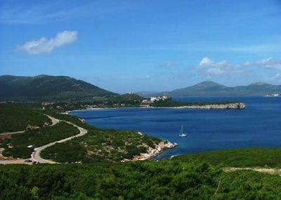 szardinia_hotel_4_csillagos_eszaki_part_hotel_corte_rosada_alghero_tenger_panorama