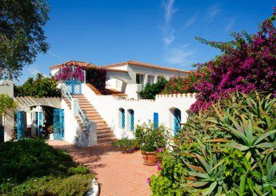 szardinia_hotel_4_csillagos_eszaki_part_park_hotel_resort_baia_sardinia_kulso