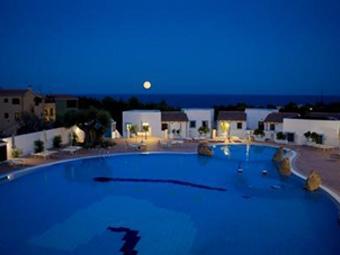 szardinia_hotel_4_csillagos_keleti_part_hotel_nuraghe_avru_cala_gonone_medence3