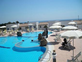 szardinia_hotel_4_csillagos_keleti_part_hotel_nuraghe_avru_cala_gonone_medence5