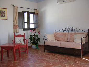 szardinia_hotel_4_csillagos_keleti_part_hotel_nuraghe_avru_cala_gonone_szoba3