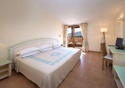 szardinia_hotel_4_csillagos_keleti_part_valtur_torre_chia_domus_de_maria_szoba