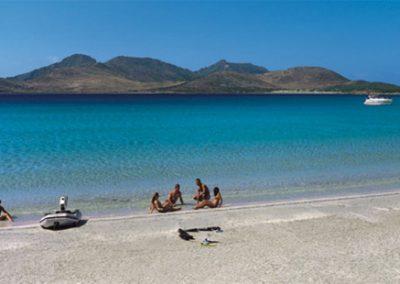 szardinia_hotel_5_csillagos_deli_part_forte_village_resort_luxus_udulofalu_pula_beach