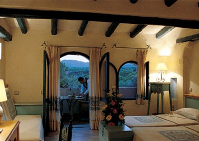 szardinia_hotel_5_csillagos_deli_part_forte_village_resort_luxus_udulofalu_pula_haloszoba