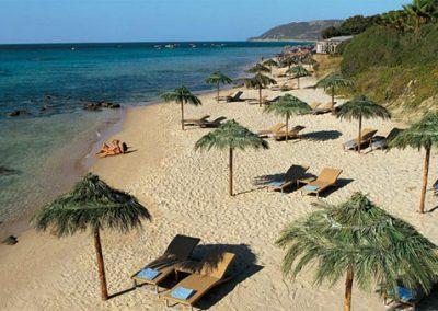 szardinia_hotel_5_csillagos_deli_part_forte_village_resort_luxus_udulofalu_pula_homokos_strand