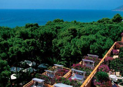 szardinia_hotel_5_csillagos_deli_part_forte_village_resort_luxus_udulofalu_pula_kulso